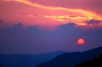 Smoky_Mountain_Sunset,_Morton's_Overlook,_Tennesse
